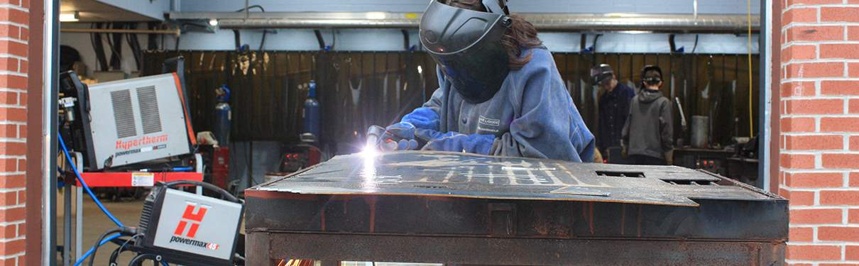 Plasma Cutting Technology: Theory and Practice